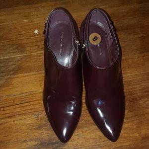 Bandolino Burgundy ankle booties